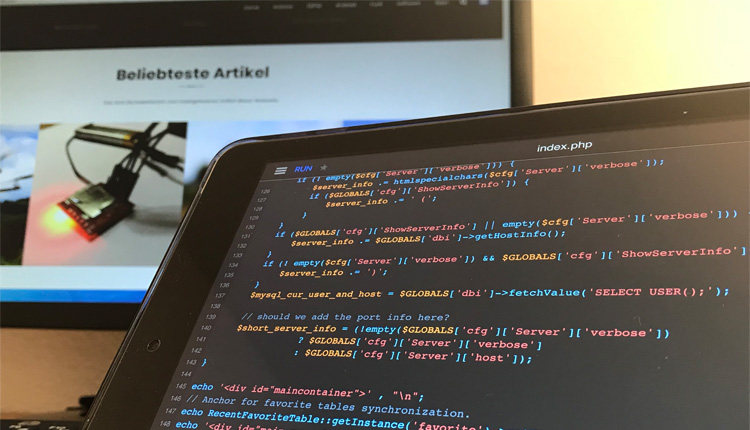 Draftcode IDE for iOS - PHP7 Development iPad