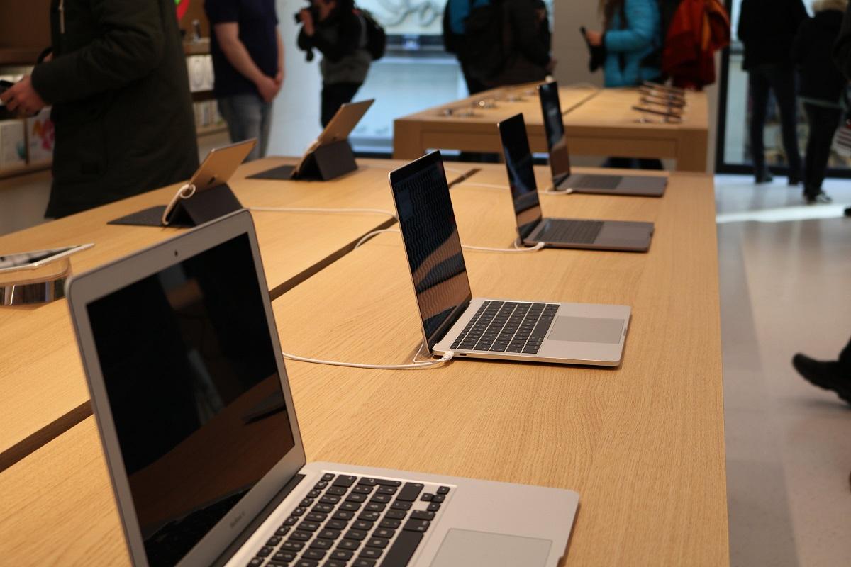 Apple Store Eröffnung in Wien - Macbook