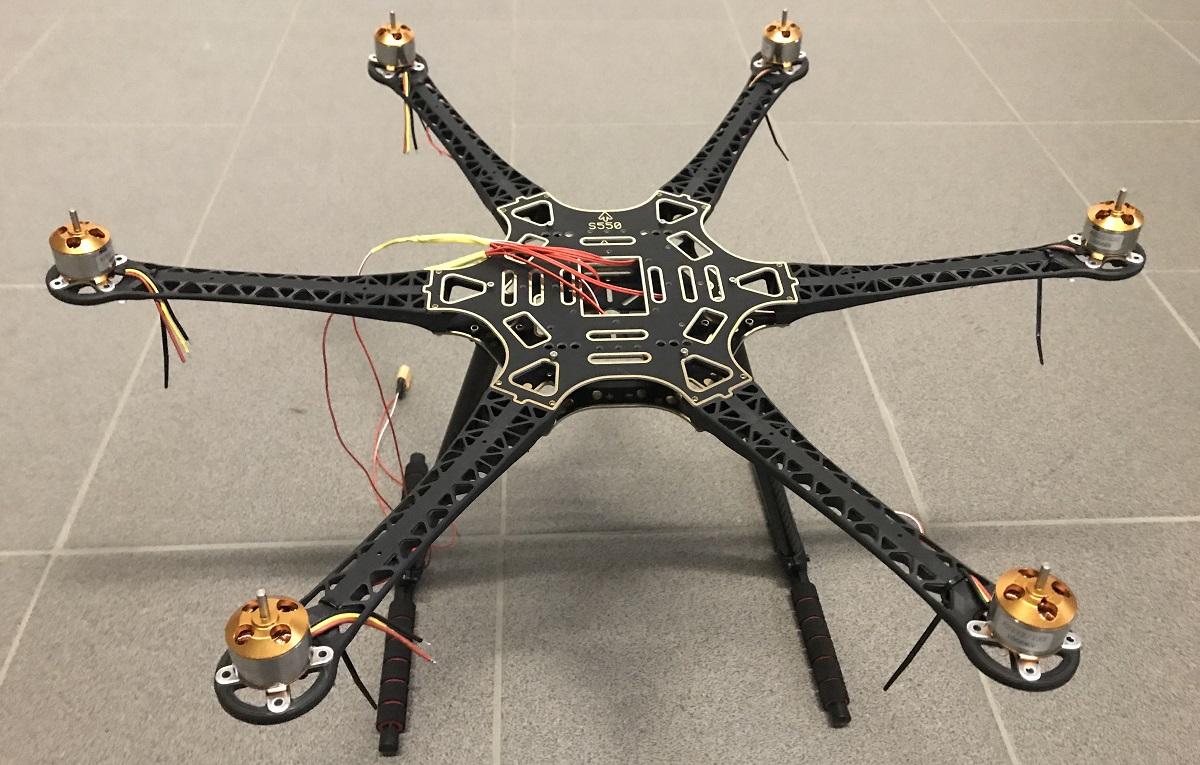 Hexacopter Eigenbau mit 2220 mAh 3s Lipo GPS und CC3D - Frame
