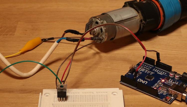 Arduino IRFZ44N PWM MOSFET Load Control